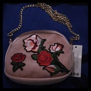 NWT Pink purse with rose appliqué!
